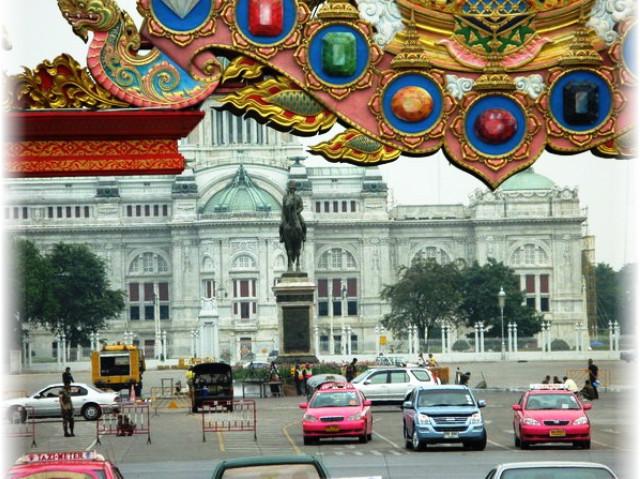 Король Тайланда, что посмотреть в Бангкоке, кроль Рама фото, цены в Бангкоке
