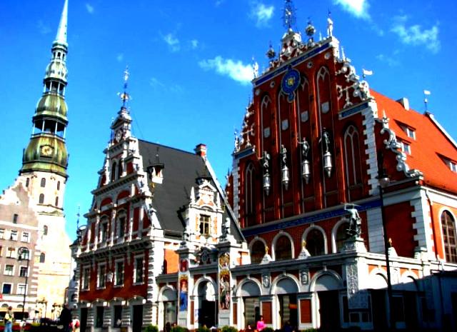 исторический центр риги,ратушная площадь рига,церкви старой риги,старая рига карта,старая рига история,