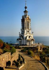 Храм-маяк в с. Малореченское
