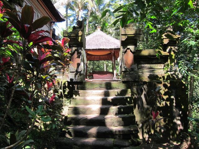 Пещера слона, Храмы Бали, достопримечательности Убуда