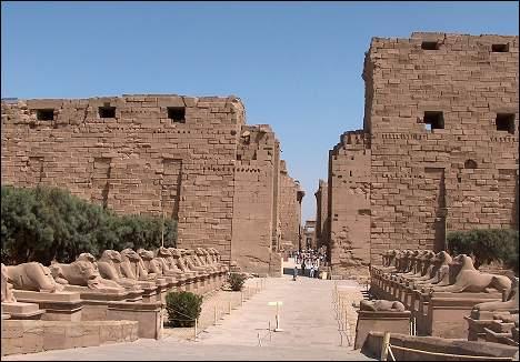 карнакский храм фото, самое древнее чудо света,карнакский храм египет,чудо света древнего мира,Карнак видео