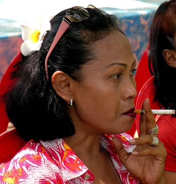 Традиции Индонезии,Кретек купить, Джарум, качественный табак
