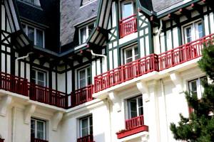 Города Франции, известные на весь мир,Ла Боль фото,Ла Боль Архитектура фото