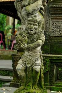 Лес обезьян, Бали, Убуд, макаки-крабоеды