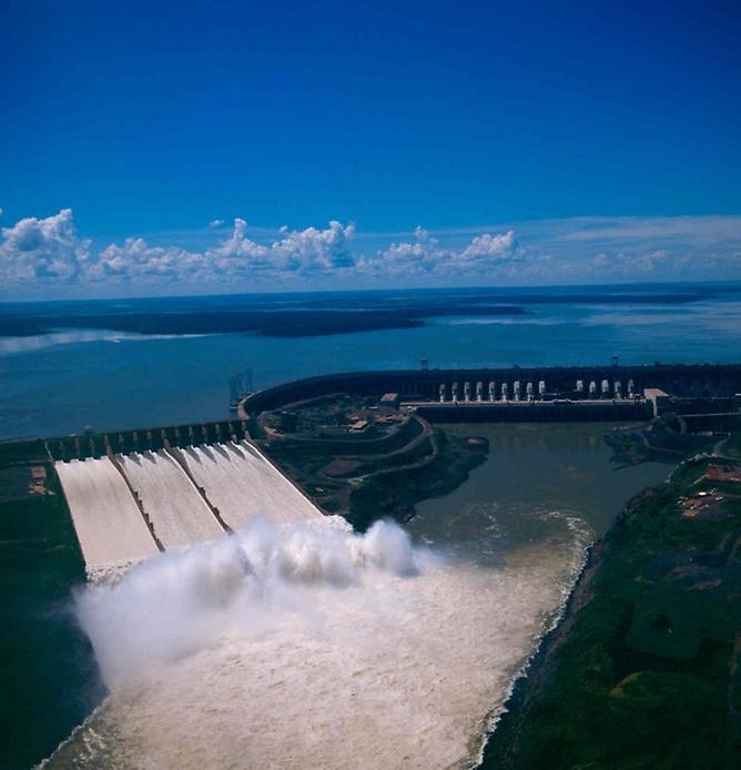 Итайпу, года, Парана, Плотина, строительства, бетона, Бразилии, объем, Парагвая, реки, комментарии, стран, водохранилища, величине, через, камня, Фос-ду-Игуасу, электростанция