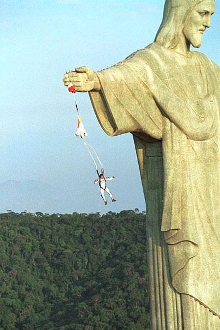 Рио де жанейро фото,фавелы бразилия, посмотреть рио, статуя христа в рио, цены в рио , гавань Рио