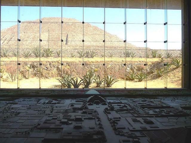 Теотиуакан фото, пирамиды теотиуакана, теотиуакан на карте,рукотворные чудеса,ацтеки и майя
