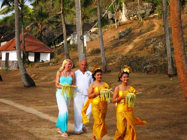 пляже, время, какой, пляж, свадьбу церемонию, въезд, пляжи  Бали, случае, фото, видел, парковку, человек, организаторы, балийском, видео, храме