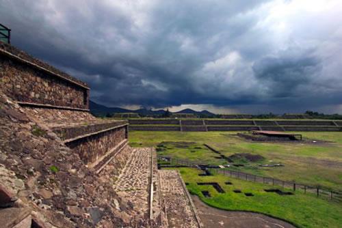 Теотиуакан фото, пирамиды теотиуакана, теотиуакан на карте,рукотворные чудеса,ацтеки и майя, пирамиды Мексики, рукотворные чудеса