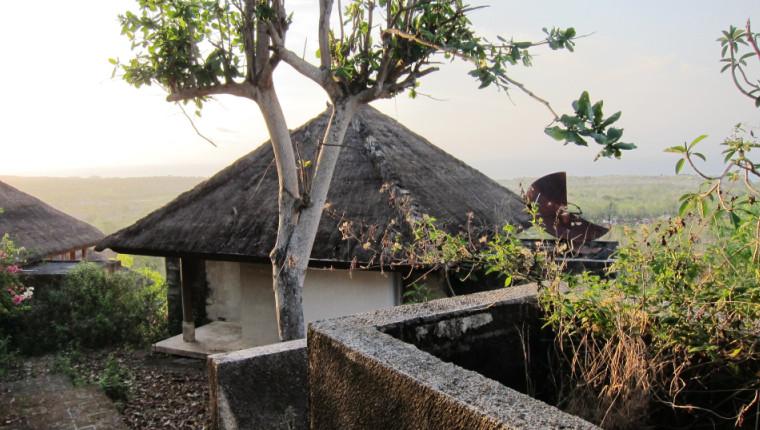 заброшенный отель где, бали джимбаран отель, бали отель мираж,бали отель фото
