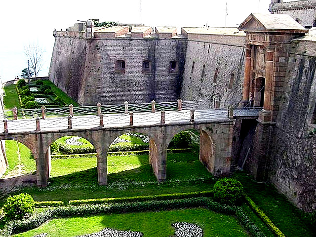 Замок XVII века Монтжуик