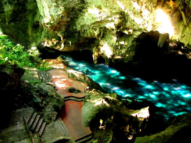 пещера Три глаза, Сан-Педро-де-Макорис фото, фото карнавал доминикана, пещера Лос-трес-Охос (Три глаза).